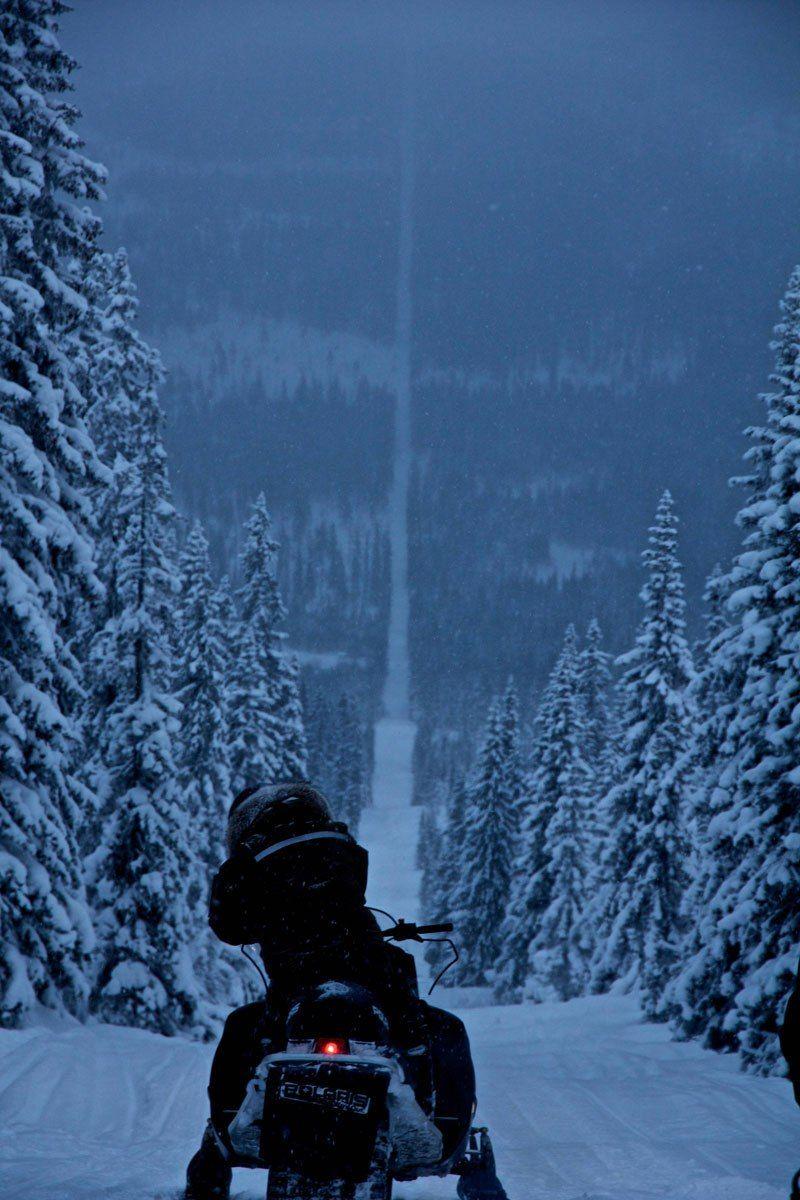 norway-sweden-border-snowmobile-winter.jpg